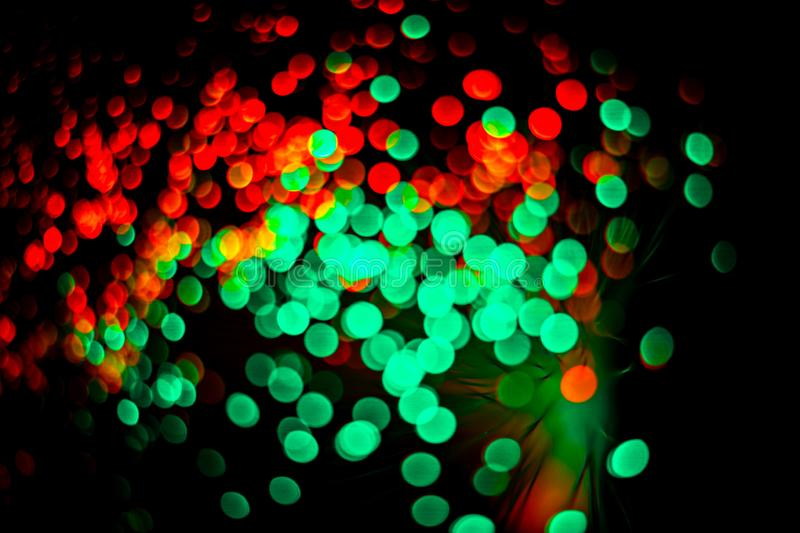 Bolografiskt ljus, färglöst bakgrundsbelysning Partskoncept Helgdagskoncept Begreppet jultid Nyårsbakgrund royaltyfri fotografi