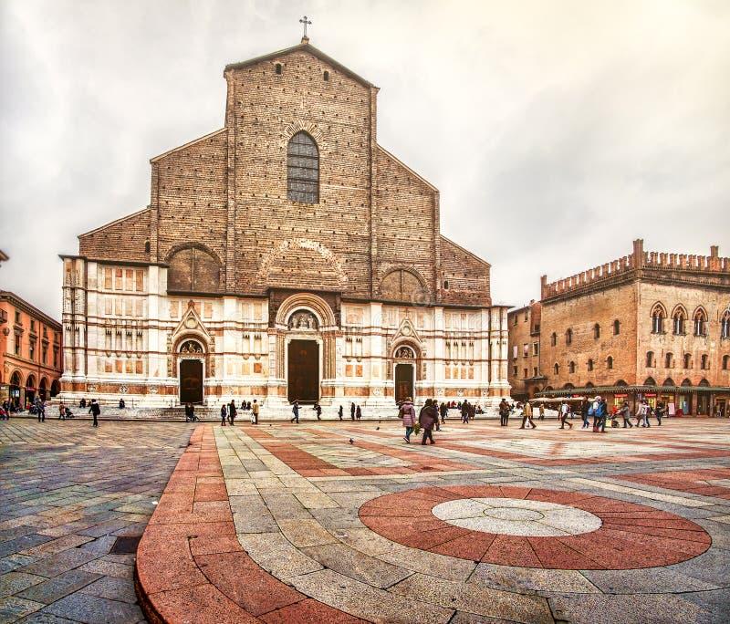 Bolonia incompleta de la iglesia de San Petronio fotografía de archivo
