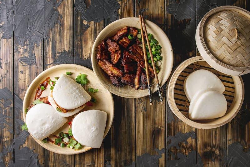 Bolos do bao de Gua com carne de porco fotografia de stock