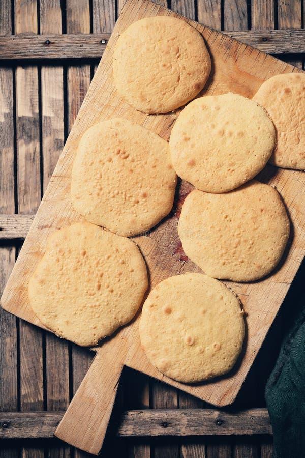 Bolos secos do biscoito fotos de stock