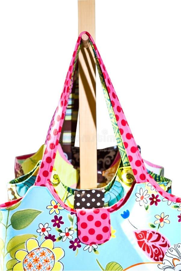 Bolsas coloridas das senhoras fotografia de stock