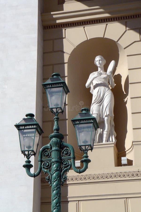 Bolshoy teaterbyggnad i Moscow royaltyfria foton