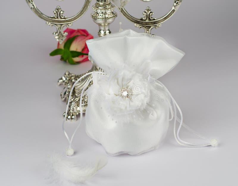 Download Bolso de la novia imagen de archivo. Imagen de novia - 42433627