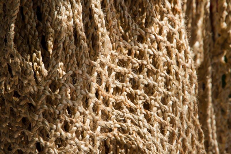 Bolsos hechos de cuerda del yute foto de archivo libre de regalías