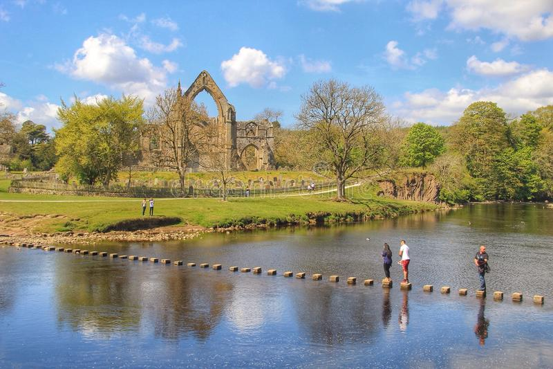 Bolton abbotskloster, Yorkshire, England arkivbilder