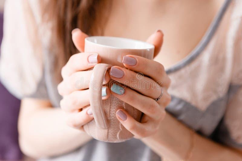 Bom dia com xícara de café fotos de stock royalty free