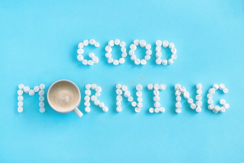 Bom dia do marshmallow e da xícara de café Conceito foto de stock