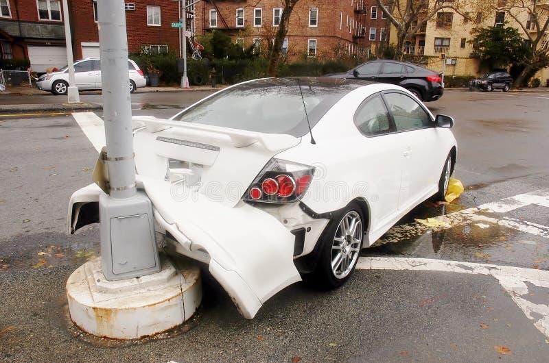 Bom seguro automobilístico agradável imagens de stock royalty free