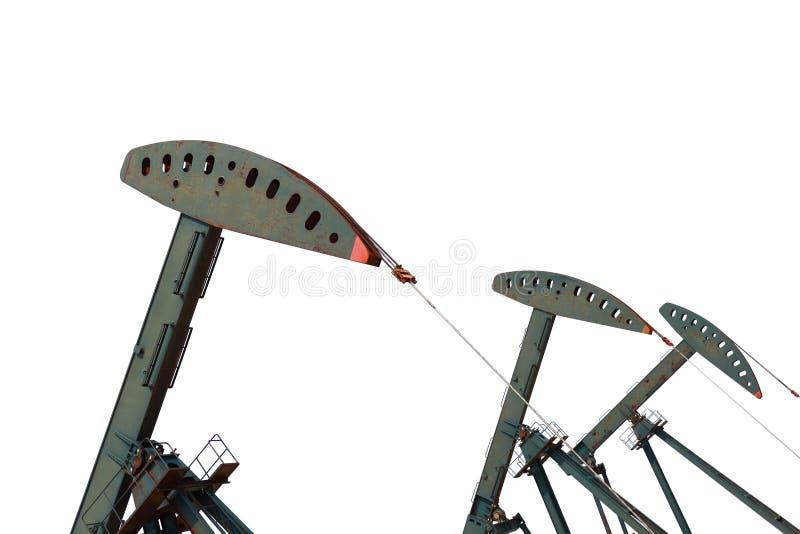 Bomba de óleo verde do equipamento bruto do poço petrolífero isolado no fundo branco imagem de stock royalty free