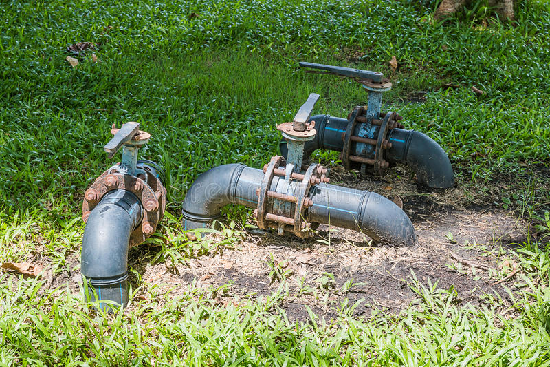 bomba de acero vieja foto de archivo