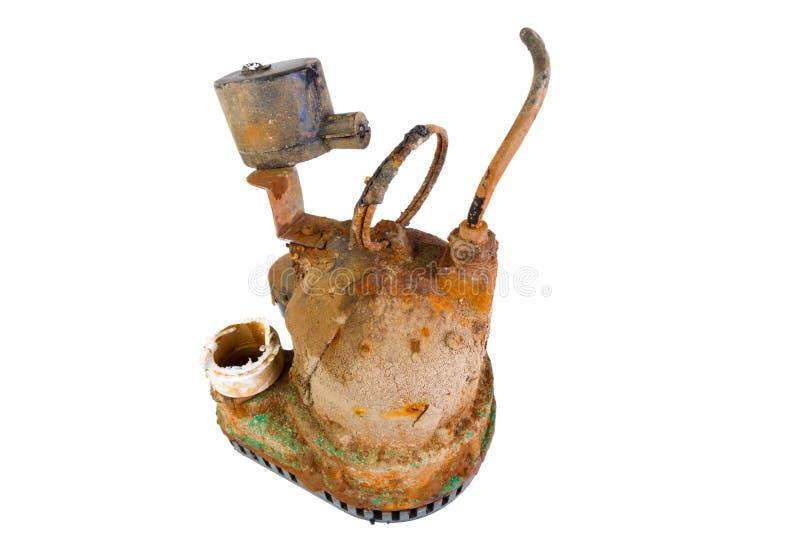 Bomba de colector de aceite oxidada rota vieja imagen de archivo
