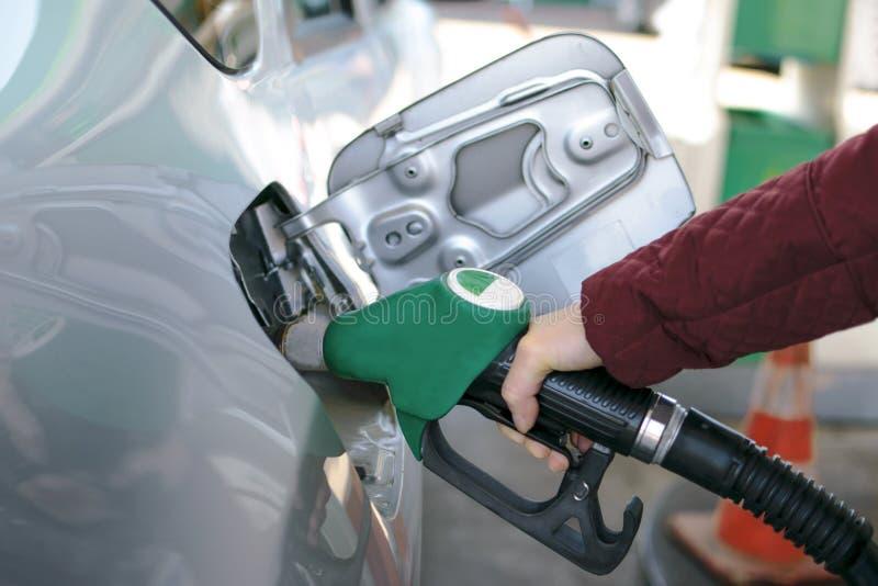 Bomba de combustível no posto de gasolina fotografia de stock royalty free