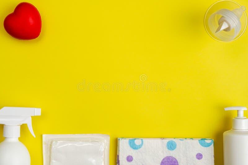 A bomba de peito flangeia com gel da festa do bebê imagem de stock