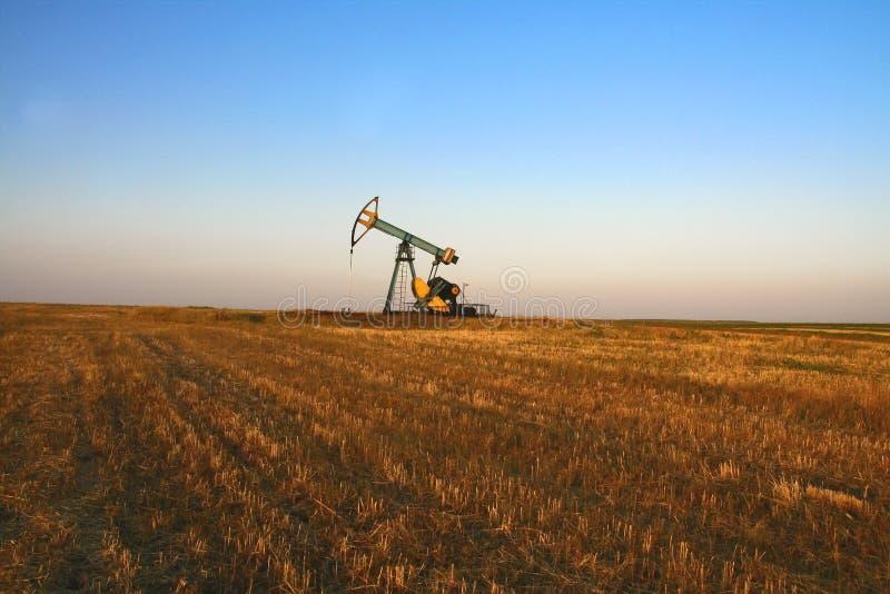 Bomba de petróleo fotografia de stock royalty free
