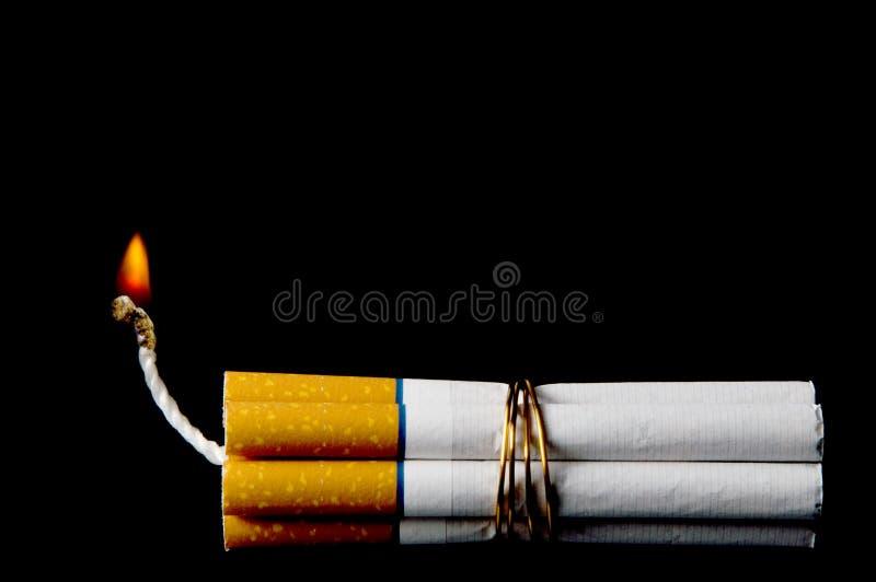 Bomba del cigarrillo fotografía de archivo