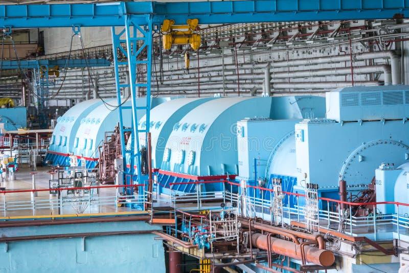 Bomba elétrica na sala de motor para turbinas de vapor do central nuclear de Kursk imagens de stock