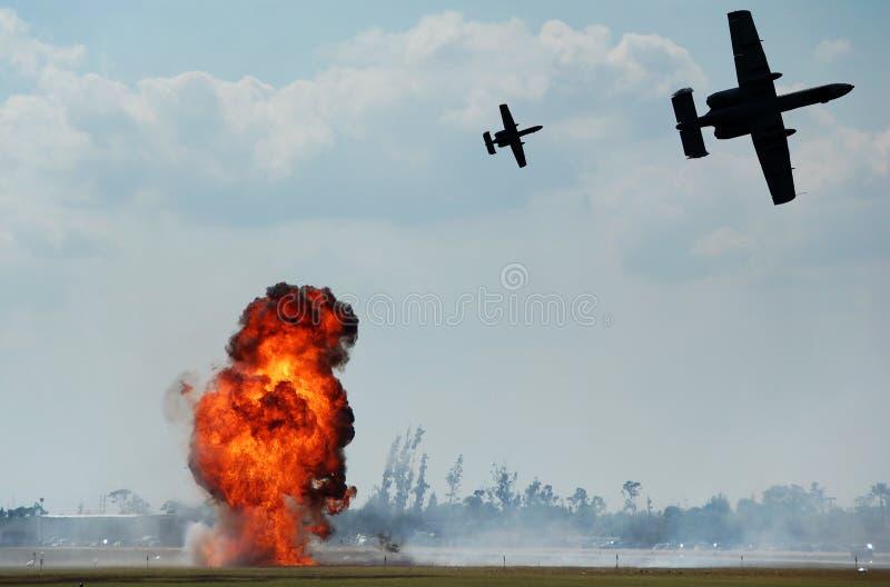 Bombardeio aéreo fotos de stock
