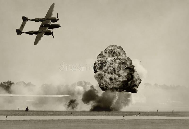 Bombardeio aéreo fotos de stock royalty free
