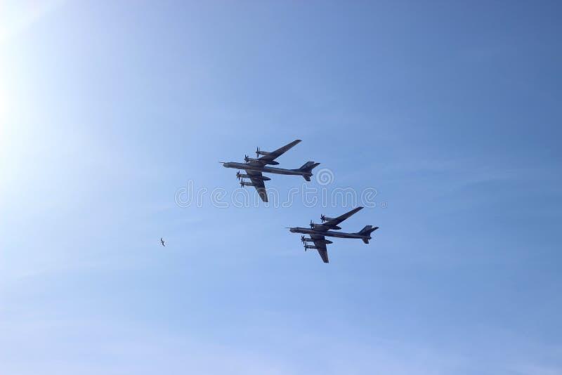 Bombardeiros da arma nuclear do russo da guerra fria fotografia de stock