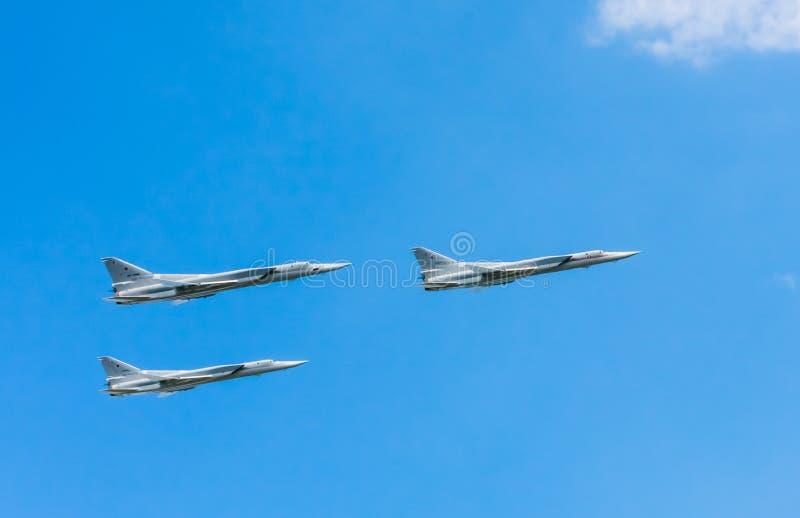 3 bombardeiros marítimos supersônicos da greve do Tupolev Tu-22M3 (malogro) voam foto de stock