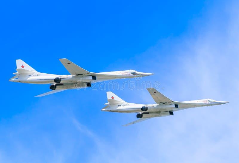 2 bombardeiros supersônicos do Tupolev Tu-22M3 (malogro) foto de stock royalty free