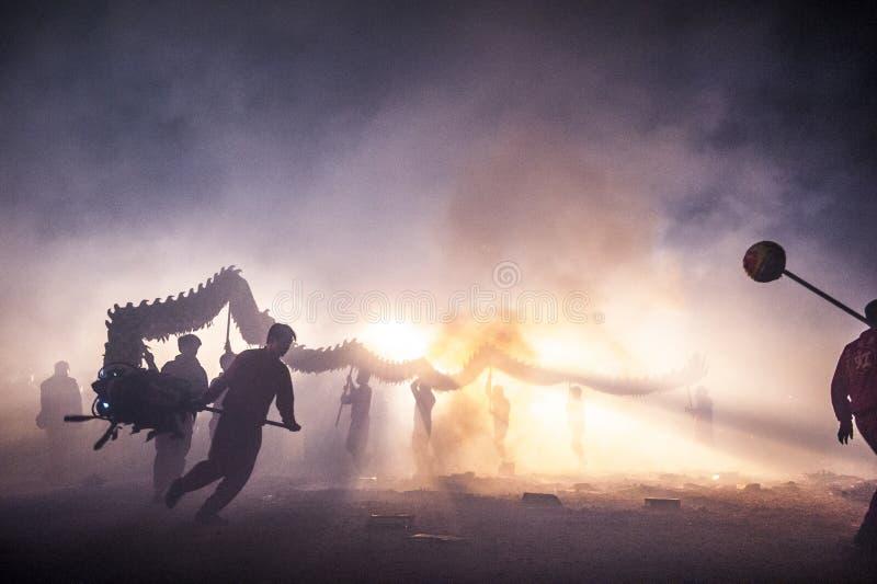 Bombardement du dragon 2015 image stock