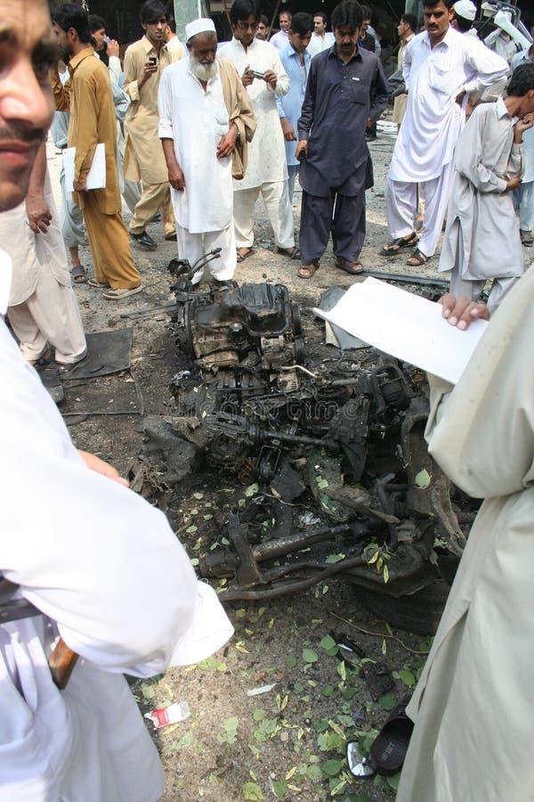 Bombardeo de coche en Peshawar Paquistán foto de archivo libre de regalías