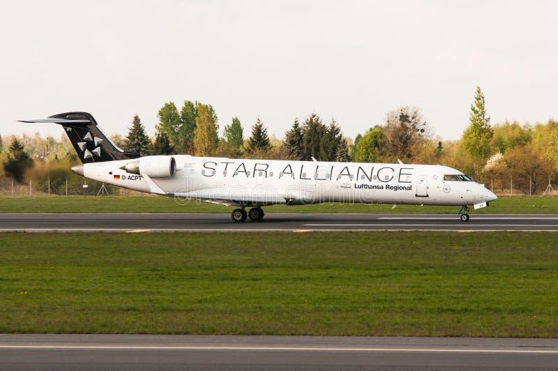 Bombardero CRJ-700 imagen de archivo libre de regalías