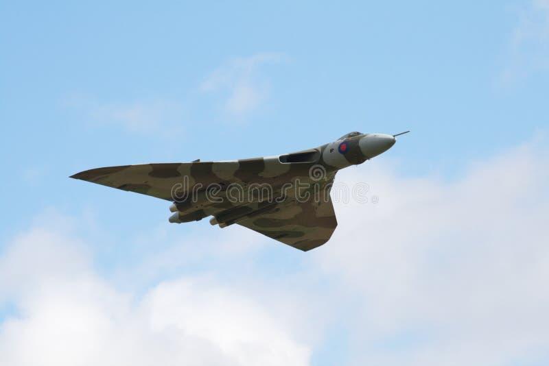 Bombardero de Avro Vulcan en vuelo fotografía de archivo