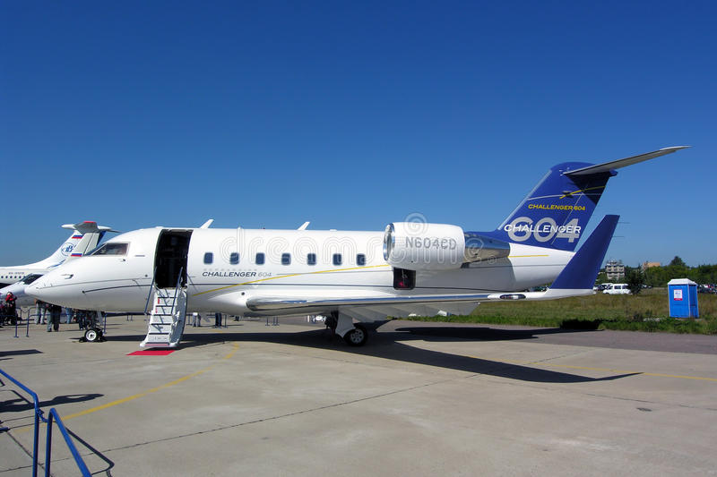 Download Bombardier Challenger 604 editorial stock photo. Image of luxury - 19346393