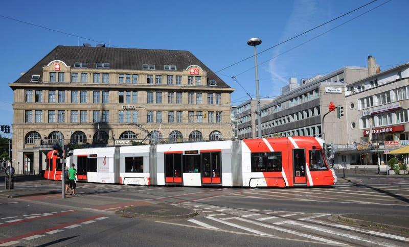 Bombardier de tramway à Krefeld images libres de droits