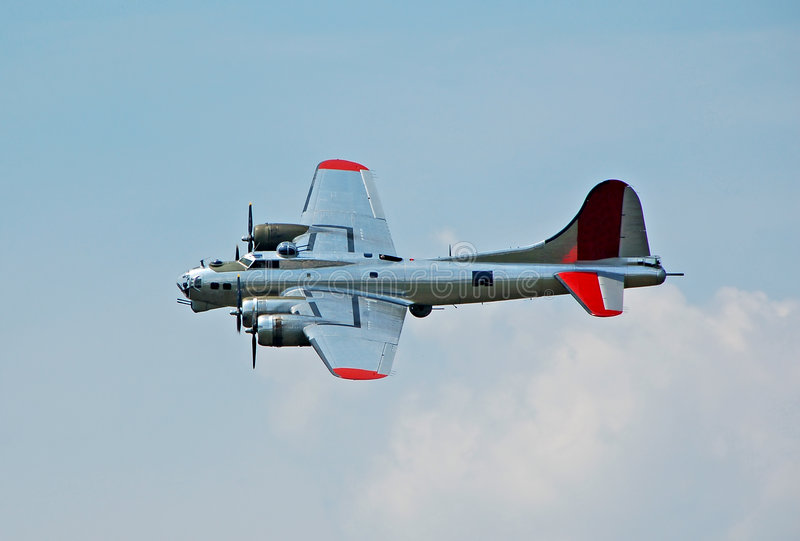 Bombardiere della seconda guerra mondiale B-17 fotografie stock libere da diritti