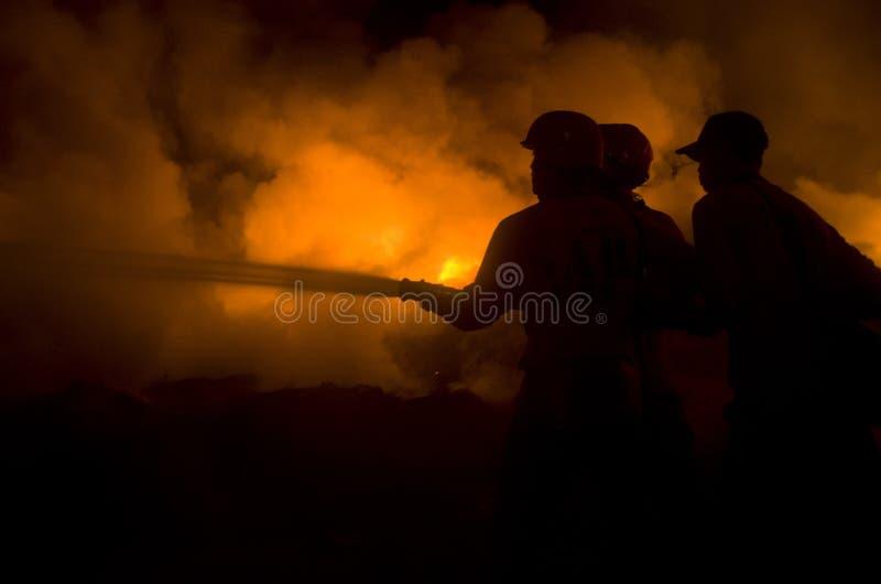BOMBEROS INDONESIOS imagen de archivo