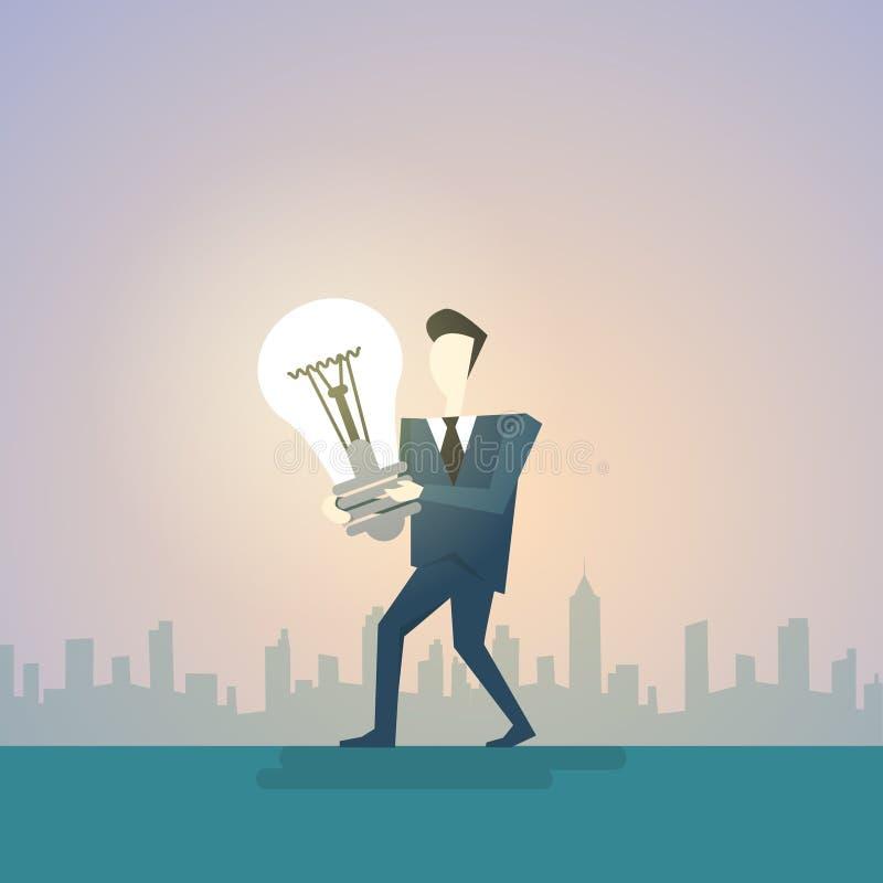 Bombilla del nuevo de la idea del hombre de negocios control creativo del concepto libre illustration