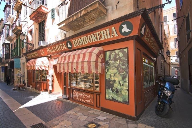 Bomboneria en Palma Old Town images stock