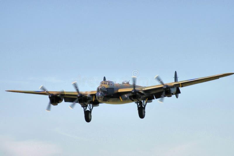 bombplanlancaster landning royaltyfri bild