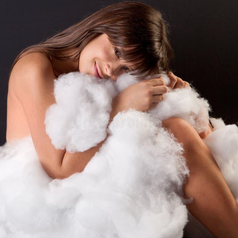 bomull krullad fluffig övre kvinna royaltyfria foton