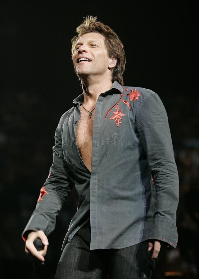 Bon Jovi exécute de concert image stock