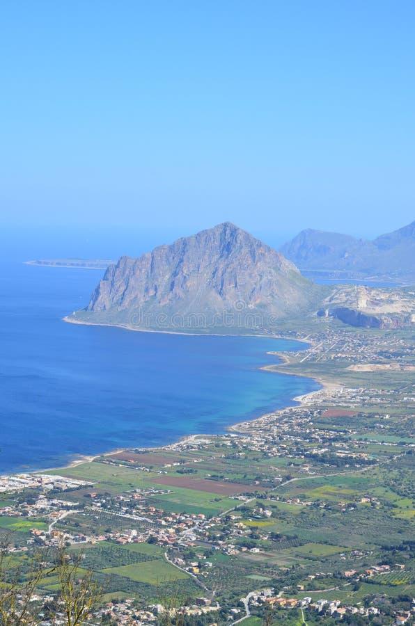 Bonagia登上从埃里切的Cofanor视图海湾  免版税库存照片