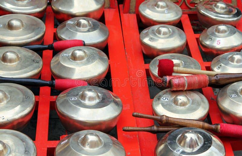 Bonang - gamelan traditionellt musikinstrument av Javanese royaltyfri foto