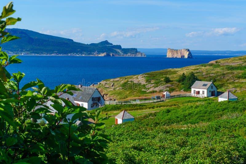 Bonaventure Island et la roche de Perce images libres de droits