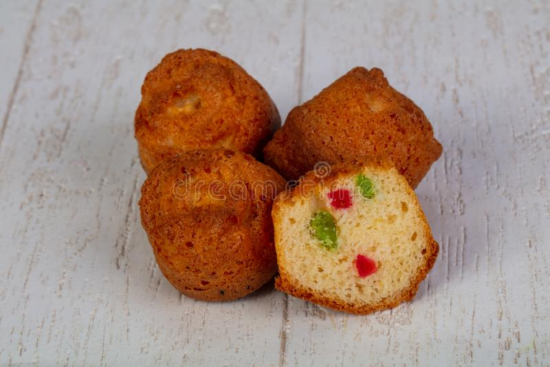 Bonbon gebackene Muffins stockfotos