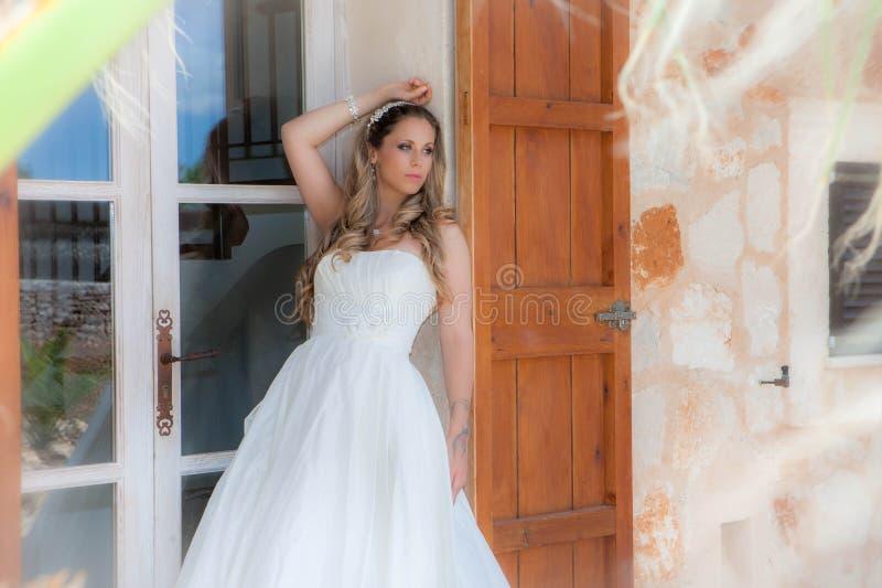 Bonbon 16 oder Abschlussfeierkleid stockfoto