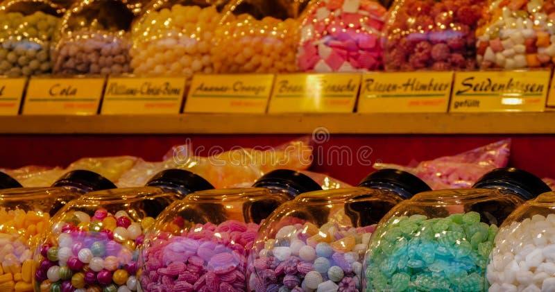 Bonbon-Süßigkeits-Bonbon-Weihnachtsmarkt lizenzfreie stockfotos