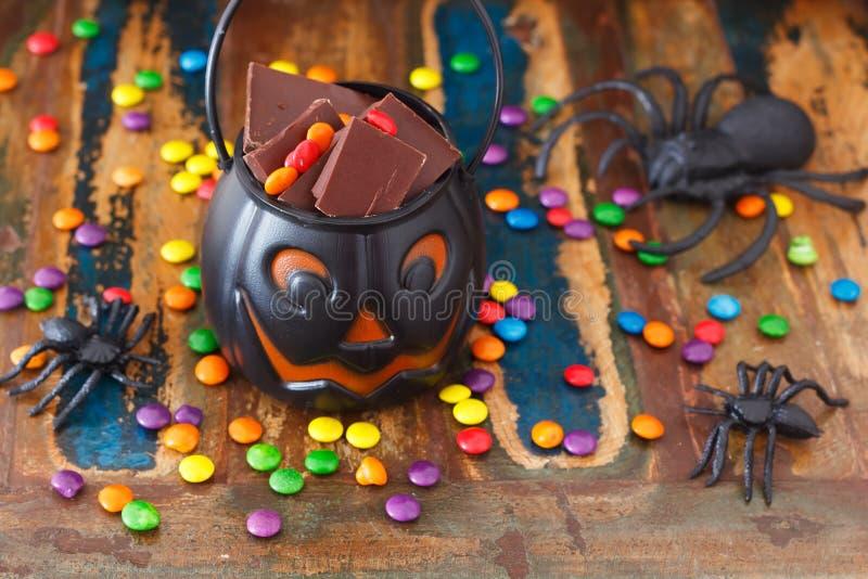 Bonbons au chocolat à bonbons pour Halloween, araignée photos libres de droits