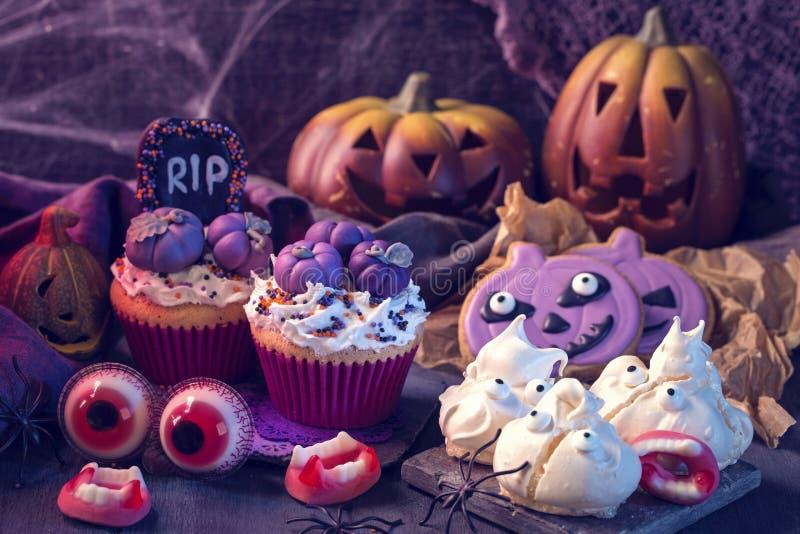 Bonbons für Halloween-Partei stockfotografie