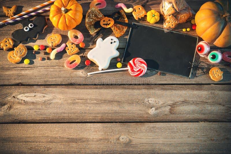 Bonbons für Halloween Trick oder Festlichkeit lizenzfreies stockfoto