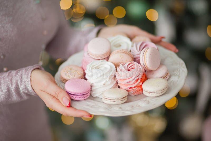 Bonbons, Weihnachten behandelt, macarons, Eibische stockfoto
