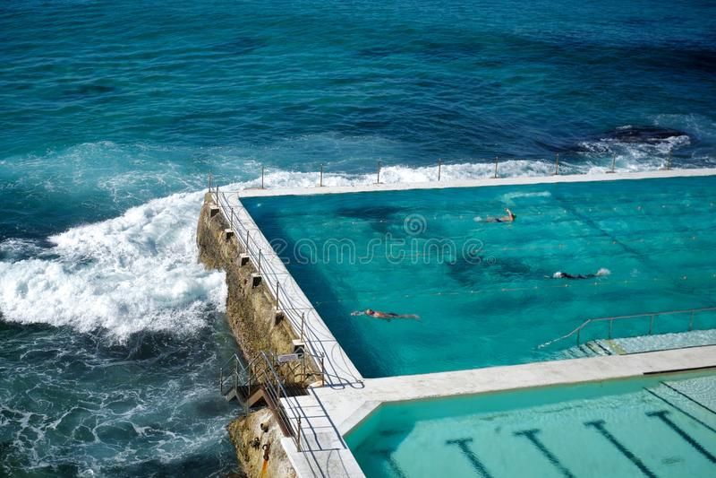 Bondi海滩水池在悉尼,澳大利亚 免版税库存图片