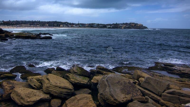 Bondi plaży spaceru lato 2018 Sydney Australia zdjęcie stock